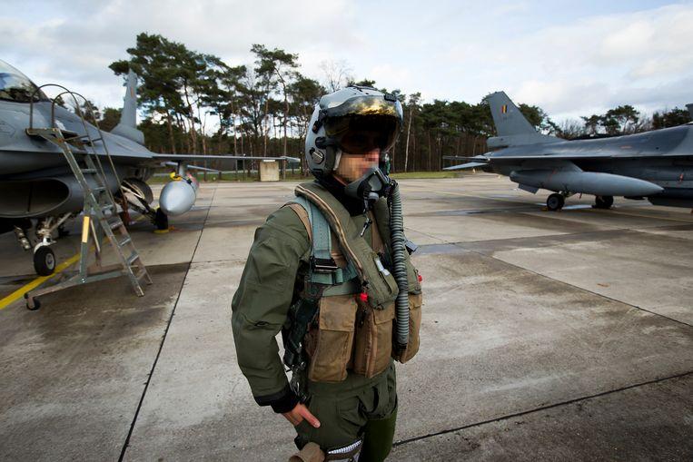 De piloten van de luchtmachtbasis Kleine Brogel moeten nu nog kunnen vliegen met tactische kernwapens onder de vleugels. Blijft dat zo met de opvolger van de F-16? Beeld BELGA