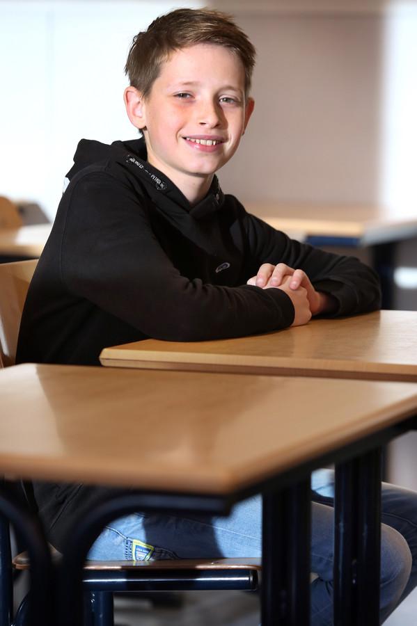 Simon de Groot (12) uit 's-Gravenmoer.