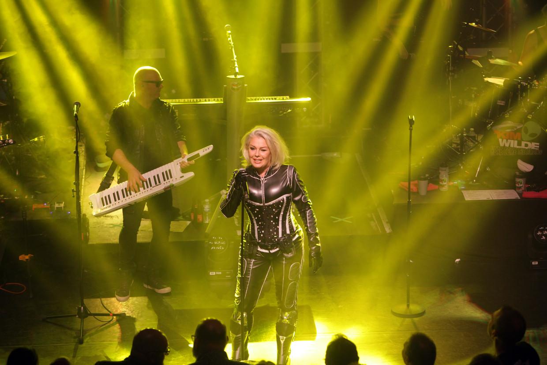 Zangeres Kim Wilde treedt op in de Kubus in Lelystad.
