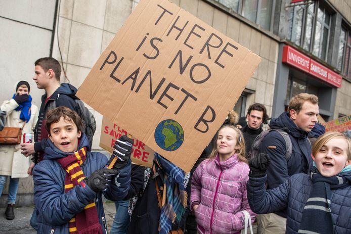 Enkele kinderen op een klimaatmars in Brussel in 2019.