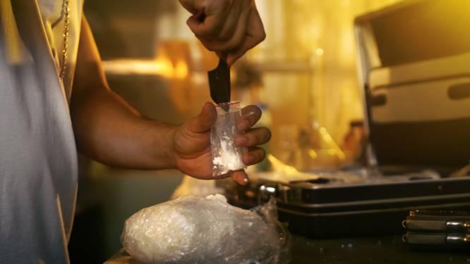 Veroordeeld stel runde in bijzijn van hun kinderen drugslabs in vakantiehuisjes