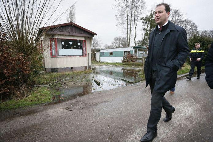 Eind februari vorig jaar, kort voor de verkiezingen, bezoekt (toen nog) vice-president Lodewijk Asscher Fort Oranje.