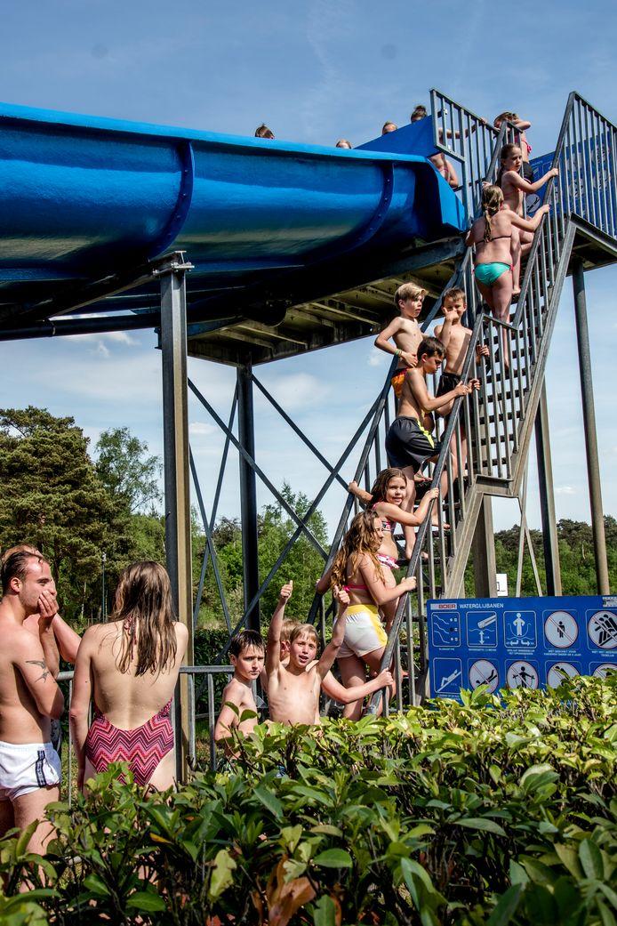 Staalbergven trok vorige week, op de eerste tropische dag van 2017, een kleine duizend bezoekers.