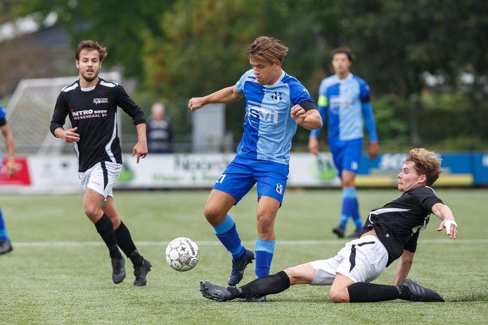 Twan Zuidmeer was trefzeker bij de 4-1 overwinning van SVI op De Merino's.