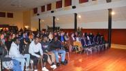"""Veel volk op debat rond Pano-reportage over Denderstreek: """"Op school gaan we allemaal fantastisch met elkaar om"""""""
