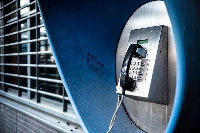 Een telefoon in de PI in Alphen aan den Rijn