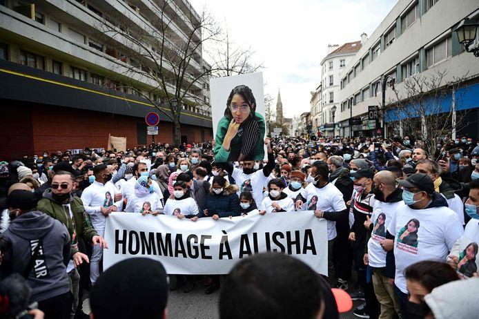 Ruim 2.000 mensen een stille tocht gehouden voor Alisha