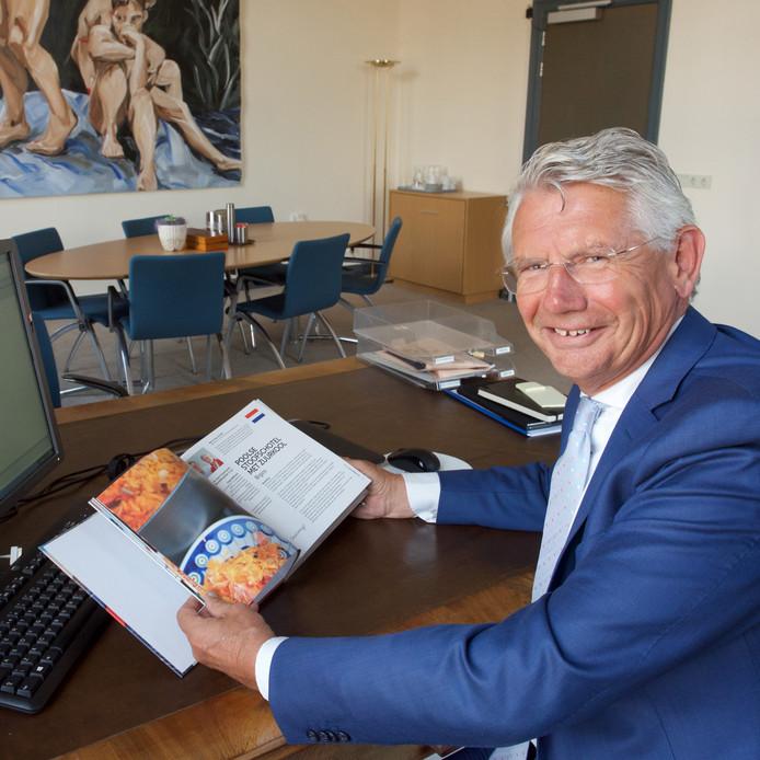 De binnenkort vertrekkende burgemeester Toon van Asseldonk, die in maart met pensioen gaat.