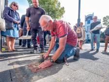 Weer vijftien struikelstenen ter nagedachtenis aan slachtoffers Holocaust