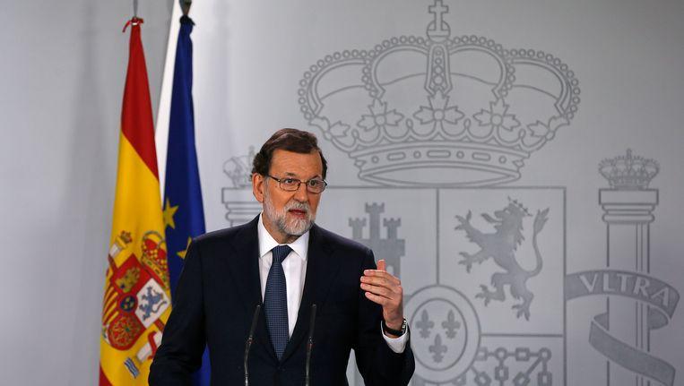 """De Spaanse premier Mariano Rajoy wil eerst duidelijkheid van Barcelona vooraleer de """"nucleaire optie"""" in gang wordt gezet."""
