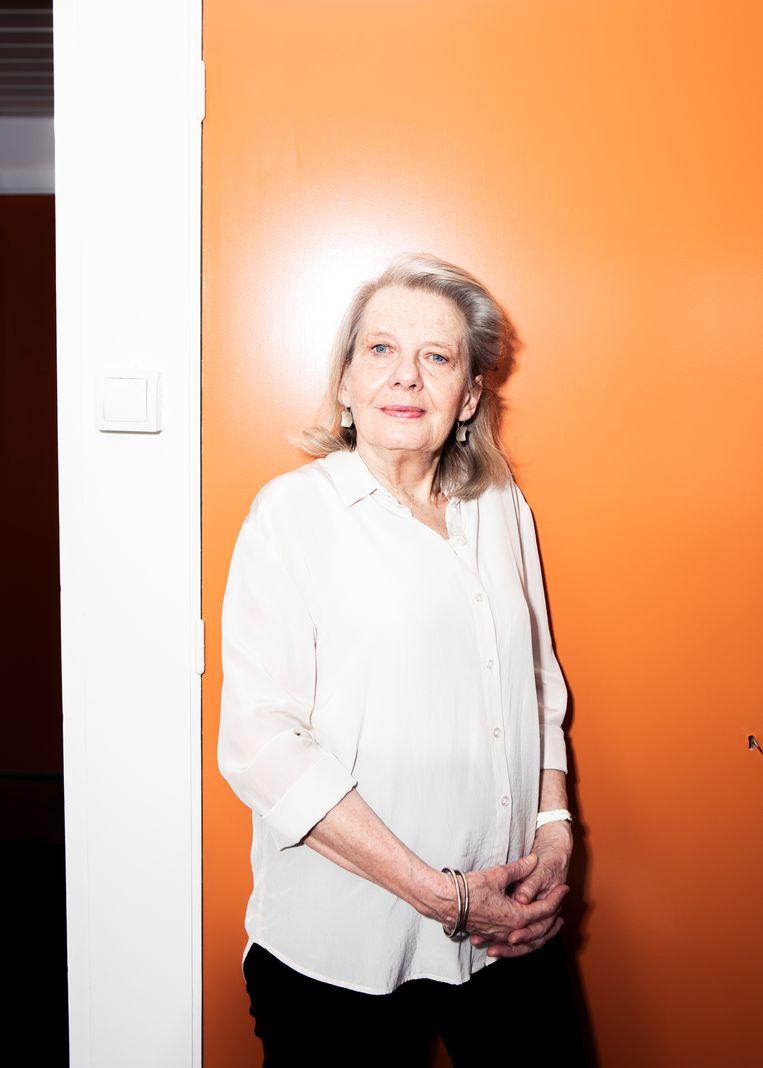 Vonne van der Meer: 'Je komt dichter bij de duistere kant van mensen door je in te leven.' Beeld Hilde Harshagen