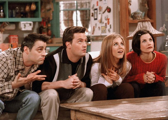 Joey, Chandler, Rachel en Monica in Friends.