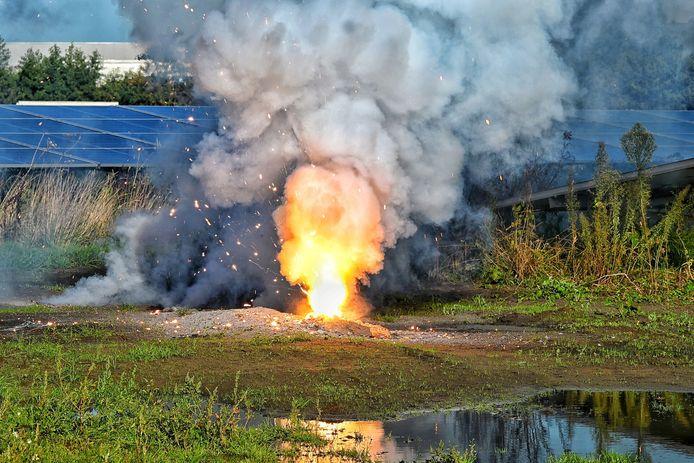 Brand op zonnepanelenpark Dongen.
