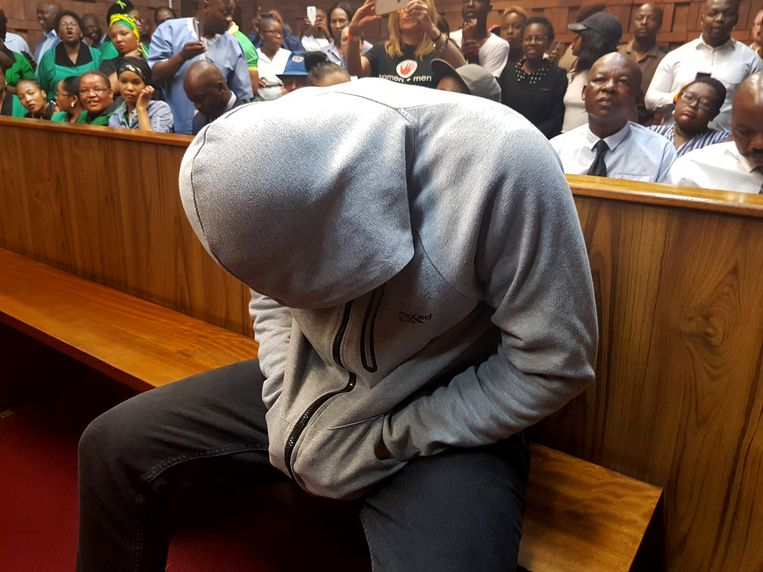 De man die verdacht wordt van de verkrachting van een 7-jarig meisje verscheen gisteren in de rechtbank. Beeld