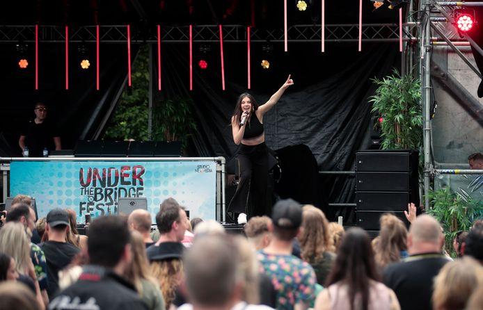Maan tijdens de vorige editie van het Under the Bridge Festival. De organisatie verwacht dat er deze zomer een nieuwe editie komt.