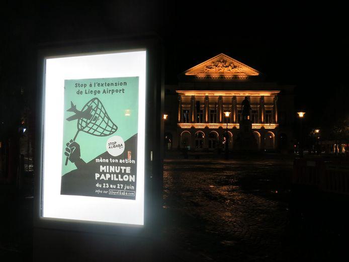 """Campagne d'affichage """"Minute Papillon"""" de Stop Alibaba & Co."""