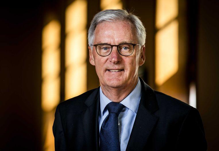 Senator Ben Knapen neemt waar op Buitenlandse Zaken. Beeld ANP
