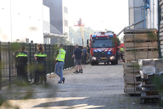 In een bedrijfspand aan de Duinweg in Schijndel is donderdagochtend een brand uitgebroken.