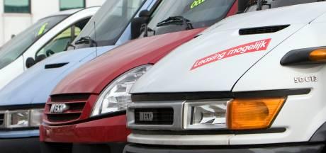 Terrein voor bedrijfsbussen moet parkeerdruk in Oudelandshoek verminderen