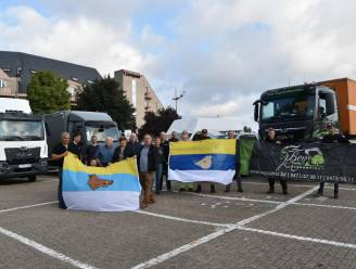 Konvooi vol ingezamelde goederen naar Marche-en-Famenne