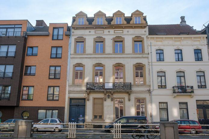 Het herenhuis waar Émiel Bockstael meer dan dertig jaar woonde (midden).