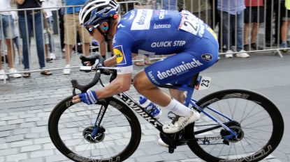 "Remco Evenepoel tart de wielerwetten: ""Ik dacht: 'Foert, ik blijf rijden'"""