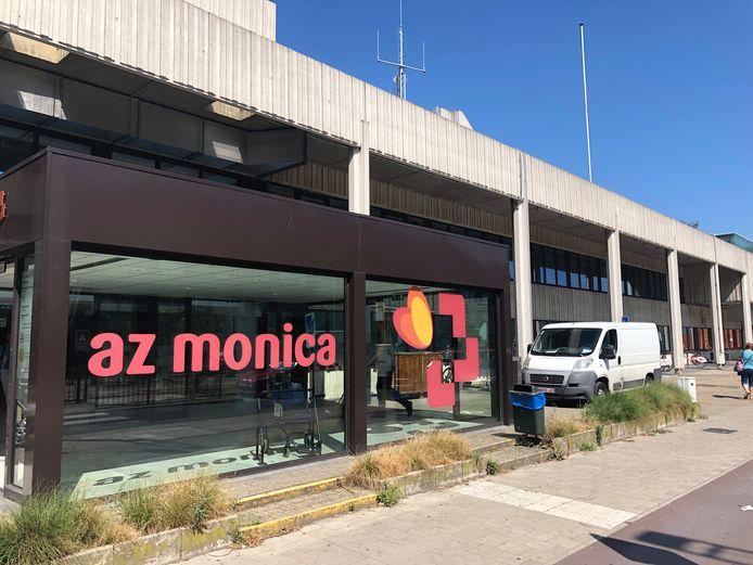Az Monica in Deurne.