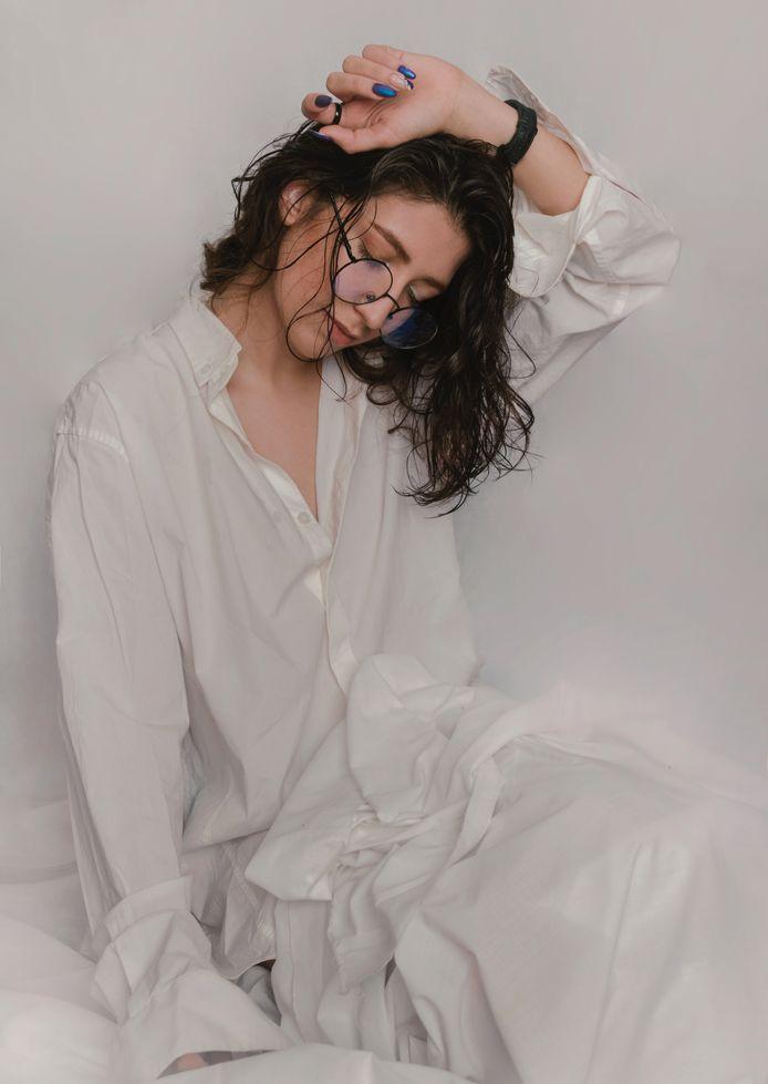 Dormir les cheveux mouillés? Mauvaise idée!