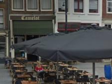 Café Camelot in Zutphen neemt corona-maatregelen: ziek of niet lekker? Kom dan even niet