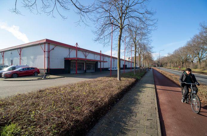Het voormalige pand van Seats and Sofas aan de Schoolstraat in Veenendaal.