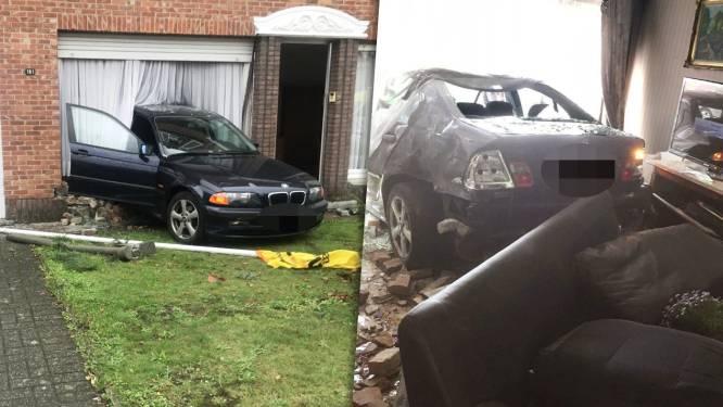 Jonge bestuurder die achterwaarts met BMW woning binnenreed krijgt geldboete en rijverbod