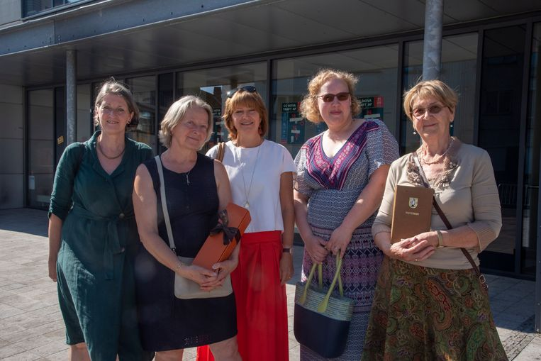 De dames van Wereldwinkel.