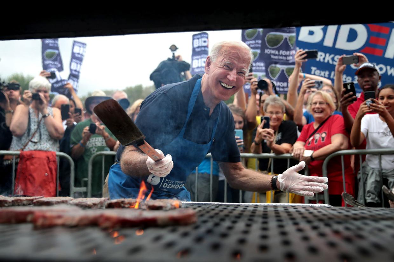Een van de verwijten is dat Biden een politieke windvaan is; hij ziet zichzelf liever als verbinder. Beeld Getty