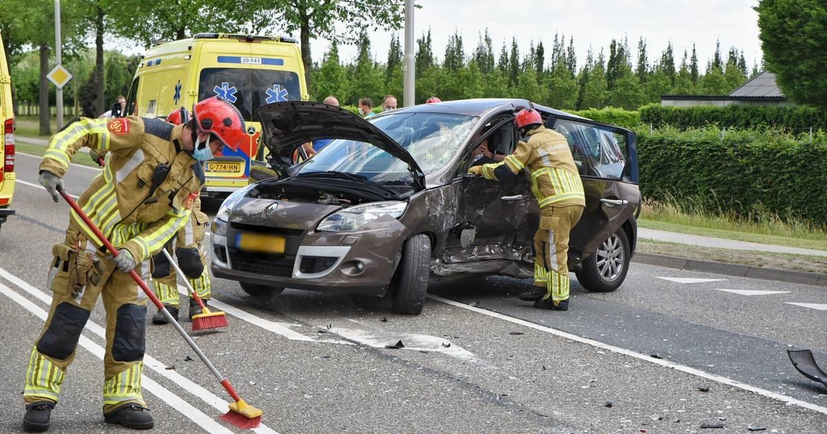 Twee gewonden bij botsing in Berkel-Enschot.