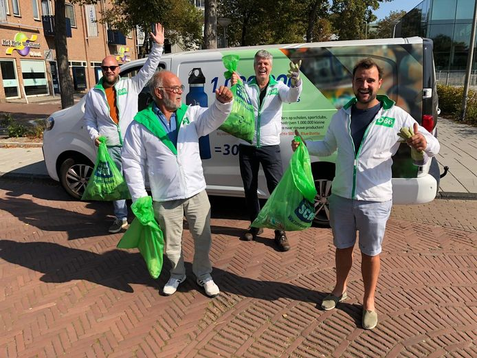 D66 Westland ruimt op tijdens Clean Up Day.