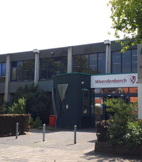 Personeel De Waerdenborch dreigt met actie vanwege conflict rond rector