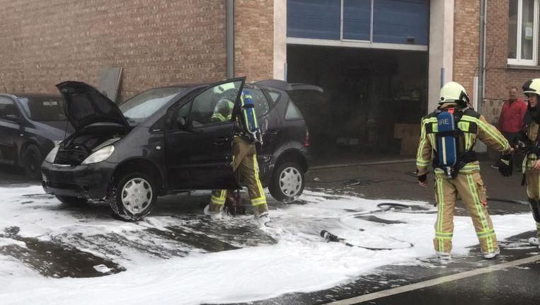 Auto Vat Vuur In Brugge Binnenland Nieuws Hln