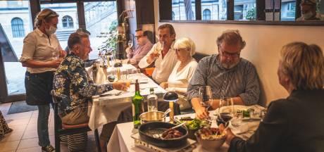 """Online platformen overspoeld door reservaties: """"Alleen in Gent al meer dan 7.000 stoelen bezet dit weekend"""""""