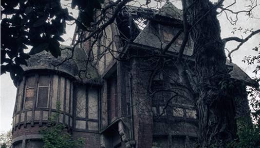 'Spookkasteel' Nottebohm van een andere kant gefotografeerd