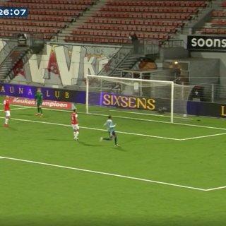 Jong Ajax wint van MVV Maastricht met 5-1