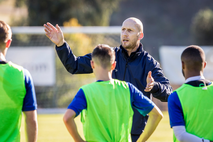 MIJAS - 05-01-2019, Dutch football ere-divisie season 2018 / 2019. PEC Zwolle trainer Jaap Stam instructing players during the training.