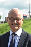 Burgemeester Jan Willem Wiggers van Heerde.