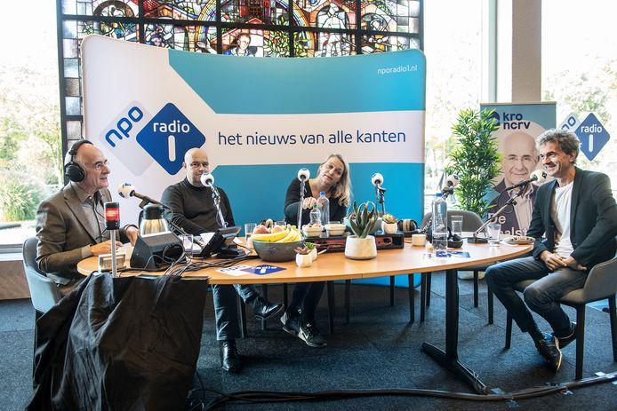 Nederland/Nijmegen: 04-11-2017 Nationaal Taaldebat, met Frits Spitz (links) en re. JeanPierre GeelenDgfotoFoto: Bert Beelen