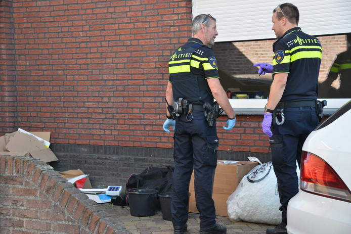 Drugslab opgerold in Hoeven.
