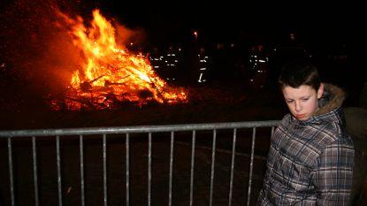 Wintervuur in plaats van kerstboomverbranding