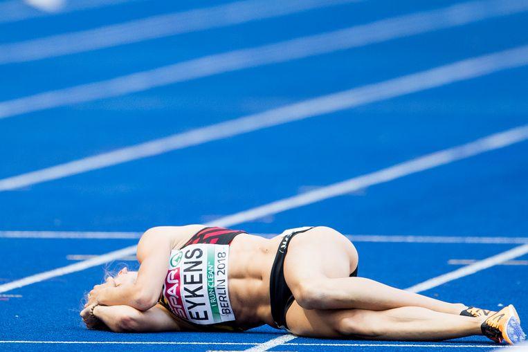 Renée Eykens bleef huilend liggen.