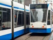 Vechtpartij in tram, slachtoffer naar ziekenhuis