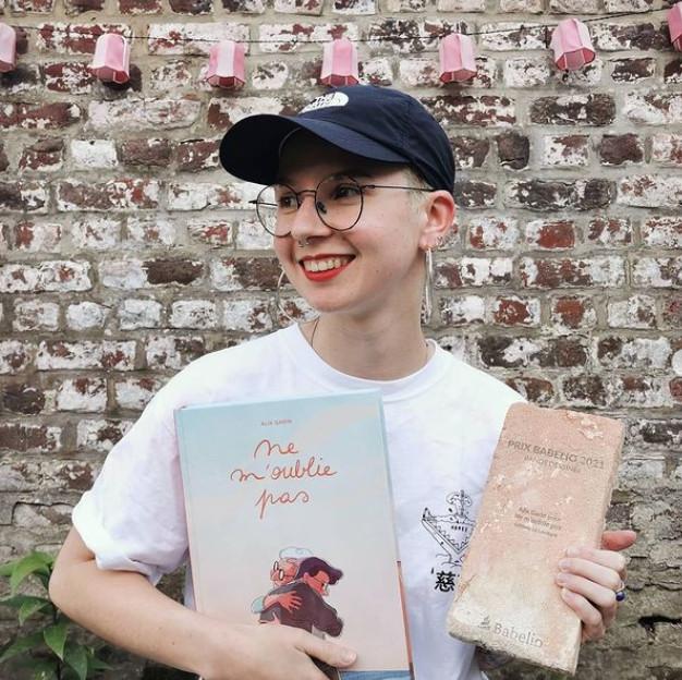 La jeune femme a également reçu le prix BD Fnac Belgique 2021 et le prix Babelio 2021.