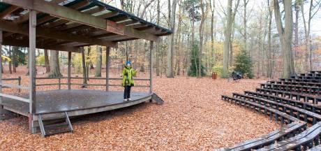 Luttenbergers ontdekken theater in bos: 'We hebben nog nooit zo goed gedraaid!'