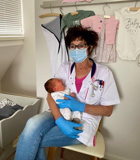 Kraamverzorgster Christine verzorgt 1000ste baby: 'thuisbevallingen zijn magisch'